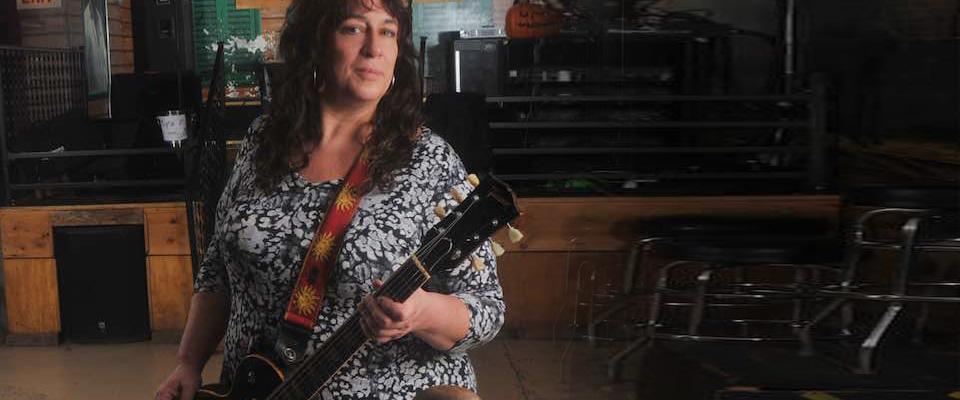 M.C. Records Sign Blues/Rock Guitar Sensation Joanna Connor